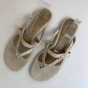 Ugg Taupe Braided Thong Sandals Sz 12